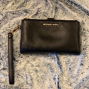Authentic MK Black Wallet  💖Like New 💖